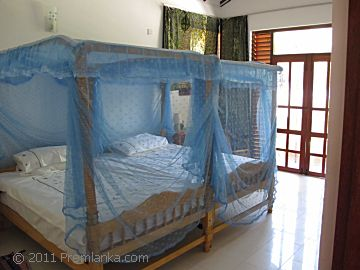 English speaking family run premlanka hotel dickwella for Bedroom designs in sri lanka